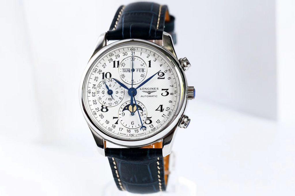 手表表盘进灰正常吗