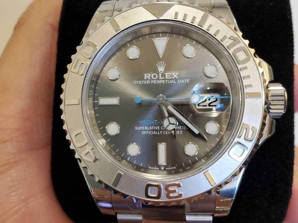 【买复刻表去哪个网站】网上的复刻手表是假货吗